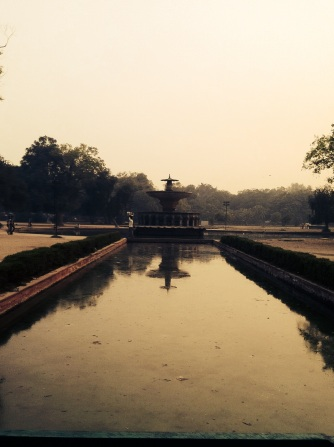 The snake-washing pool, New Delhi
